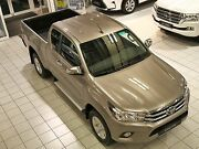 Toyota HILUX 4x4 EXTRA CAB - A/C-COMFORT-RADAR-ON STOCK