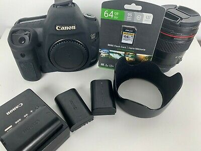 Canon 5D Mark III Bundle with Canon 35 mm 1.4 L Series Lens
