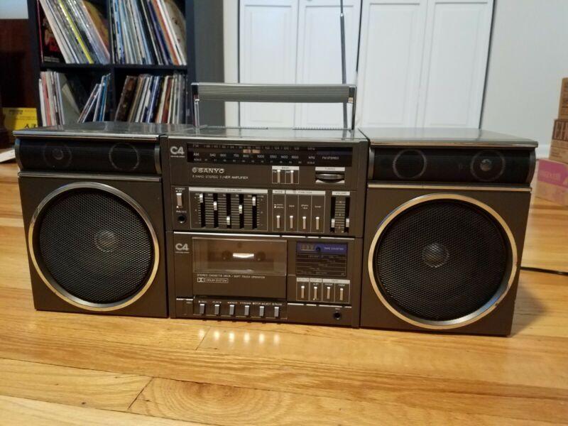 Sanyo C4 Boombox Ghetto Blaster--Stereo Cassette Tape--Tuner--Radio