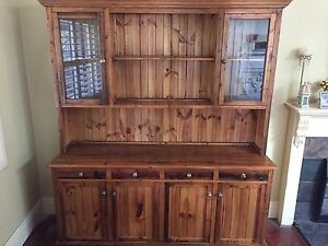 Beautiful Solid Timber Buffet and Hutch Oyster Bay Sutherland Area Preview