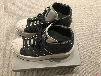 10 size shoes Adidas X Rick Owen