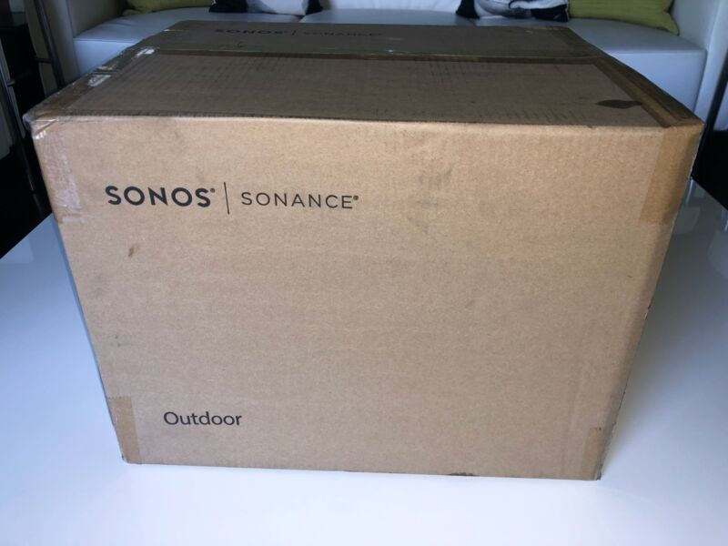 Brand New SONOS Outdoor by Sonance White Speakers (Pair) - OUTDRWW1