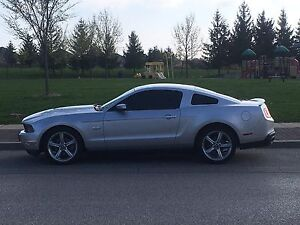 Mustang gt premium coupe