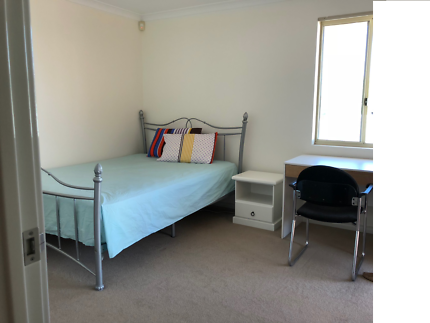 Fully Furnished Room - Great Location - Vic Park