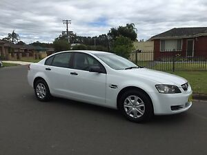2006 Holden commodore VE Omega WHITE Liverpool Liverpool Area Preview