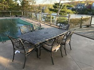 7 piece patio dinning table