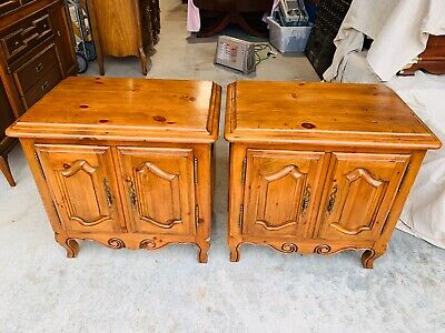 Pair Ethan Allen Chateau Normandy Pine French Country side Nightstands 17 5016 Bedroom French Country Nightstand