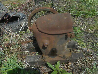 Antique Cast Iron Pump Hit And Miss Type Old Barn Find Steampunk Water Oil