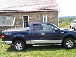 2004 Ford F-150 xlt Pickup Truck