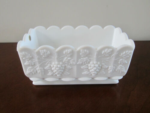 VINTAGE WESTMORELAND MILK GLASS RECTANGULAR WINDOW PLANTER DISH PANELED GRAPES