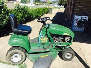 Ride on lawn mower for sale Largs Maitland Area Preview