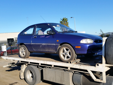Ford festiva puple manual mags wrecking