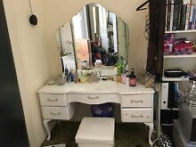 Antique Queen Anne dressing table Largs Bay Port Adelaide Area Preview