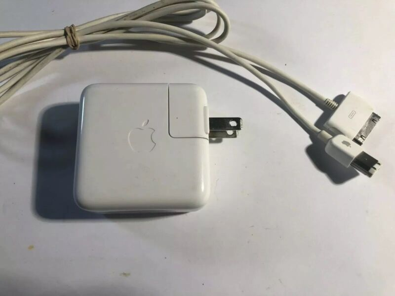 Apple iPod charger 12V.  1 amp  white  Model A1003 and FireWire 400 sync cable