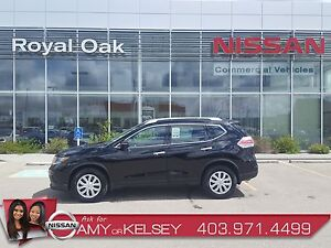 2015 Nissan Rogue S ** LOW KMS/ACCIDENT FREE **