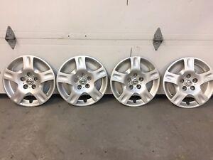Enjoliveurs de roues Nissan