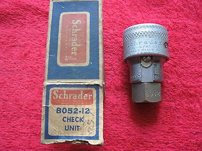 VINTAGE 1930's-40's SCHRADER B052-12 AIR HOSE CHECK UNIT NEW OLD STOCK