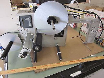 The Kennedy Group Smartone 2500 Factory Label Printer Applicator