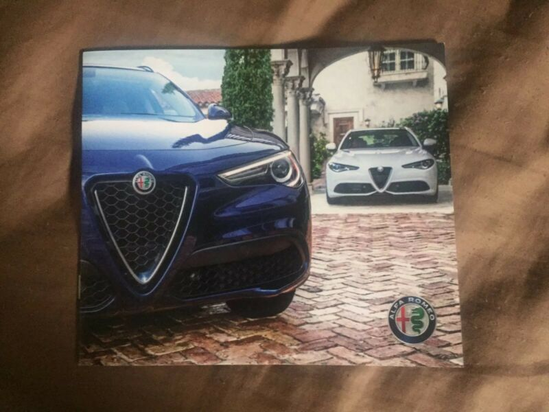 2019 Alfa Romeo Full Line USA Market Brochure Catalog Prospekt
