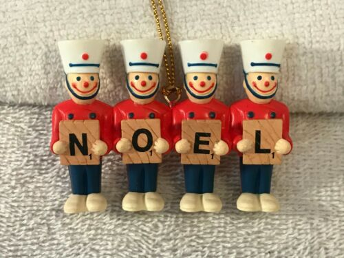 Christmas ornament basic fun 4 soldiers spells out NOEL CH4909