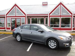 2015 Nissan Altima 2.5 S SUNROOF HEATED LEATHER BACK UP CAMERA!!