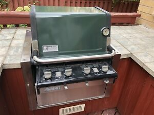 Weber Summit BBQ - great condition
