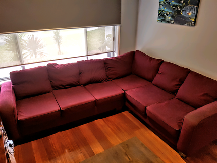 6 seater L shaped lounge