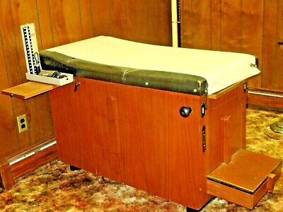 Vintage Hamilton Manufacturing Co. Medical Exam Table 1950s