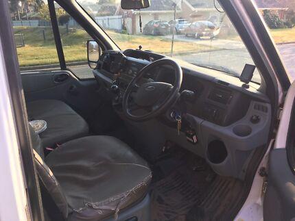 2010 ford transit dual cab