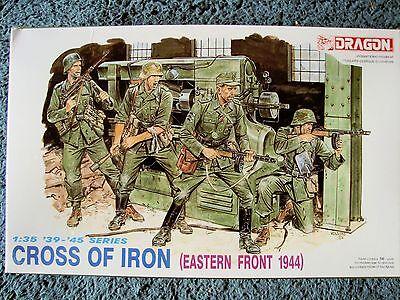 Dragon 1:35 Scale Cross of Iron German Infantry Figures Model Kit