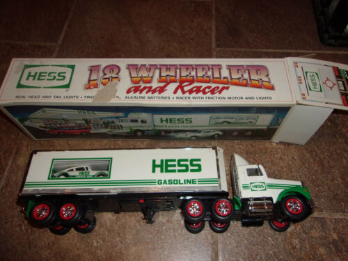 HESS 18 WHEELER AND RACER 1992 NEW IN BOX HEADLIGHTS FRICTION MOTOR