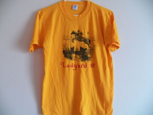 Vintage 1987 Ledyard Farm Horse Jump juumping Trials 1980's T-Shirt Hamilton MA