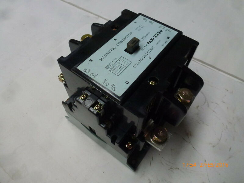 Togami PAK-225U Magnetic Contactor 110V 50Hz 75-95kW 275A 3ph NP-15480 New