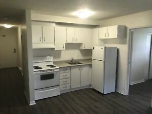 One bedroom apartment for rent! Move in today!