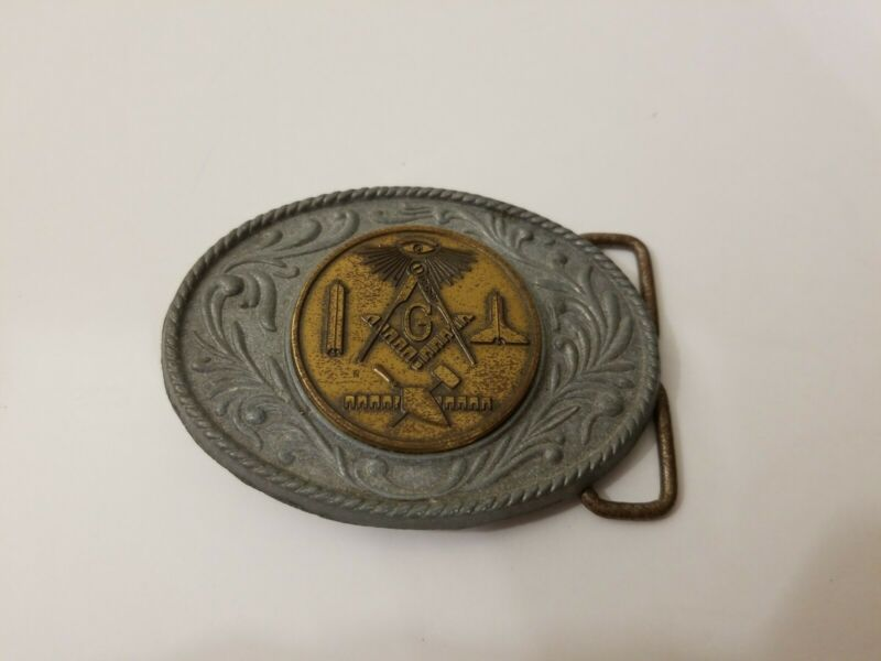 Vintage masonic mason belt buckle, made in USA. 3 x 2 1/4 Inches