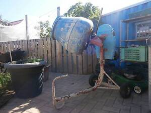 Electric Cement Mixer Cooloongup Rockingham Area Preview