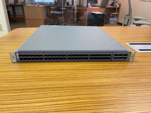 Juniper QFX5100-48S-3AFI - Working, Tested Condition