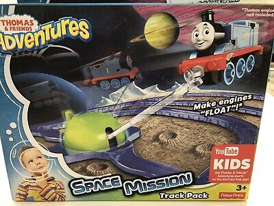"Thomas & Friends Adventures "" Space Mission Track Pack"" NIB Ages 3+"