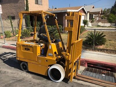 5000 Lb. Komatsu Electric Forklift 628 Hours 4 Stage Mast 240 Reach Fb30s