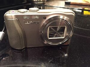 Panasonic Lumix DMC-ZS25 Digital Camera