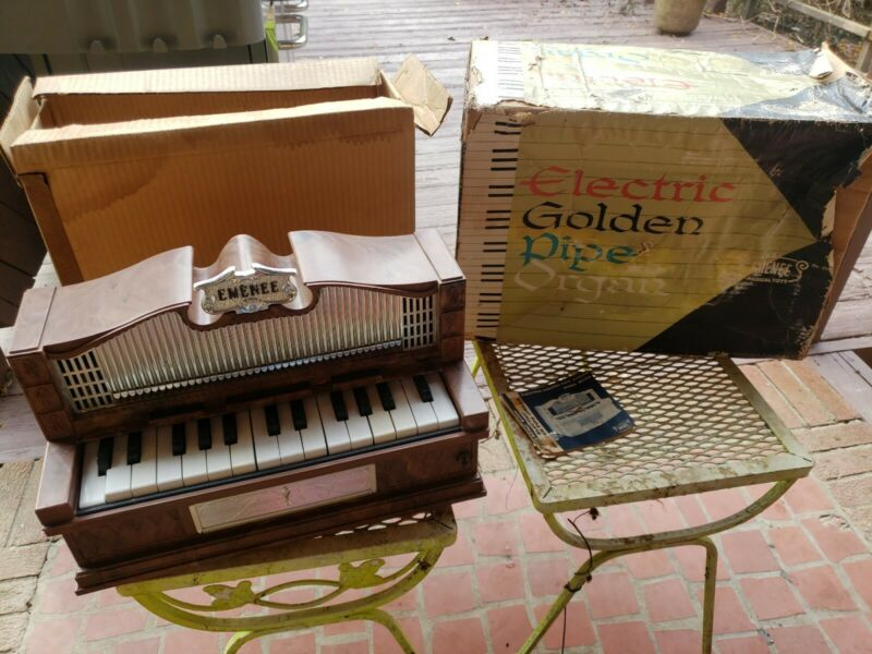 Rare, Vintage Emenee Electric Golden Pipe Organ Beautiful Detailing, It WORKS!