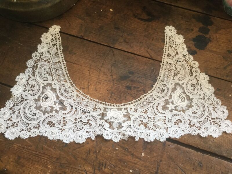 Antique Vintage Victorian Edwardian Lace Collar Off White in Color Floral Motif