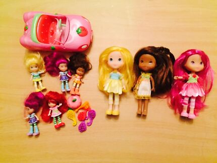 Strawberry Shortcake Dolls and car!!!!