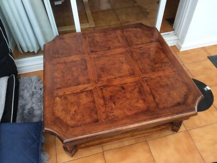 Jacobean Oak coffee table with Walnut Inlay