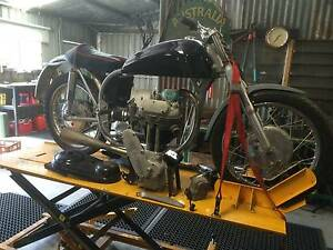 Matchless motor Norton featherbed frame.Classic Longwood Strathbogie Area Preview
