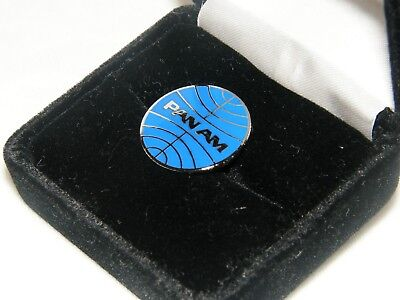 PAN AM LAPEL TACK PIN PAN AMERICAN AIRLINE RETIRED EMPLOYEE PILOT COLLECTIBLE