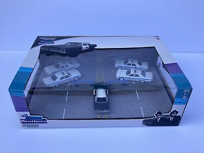 1:64 Greenlight Blues Brothers Diorama. Chicago Police.