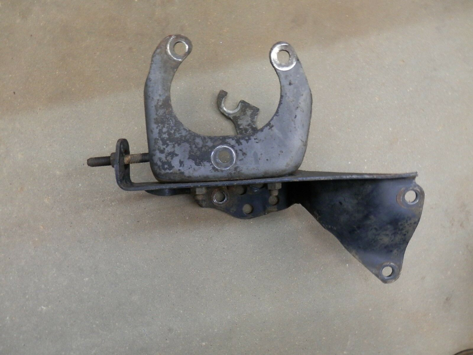 Used Ford M-400 Belts, Pulleys, and Brackets for Sale