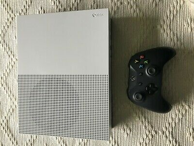 Microsoft Xbox One S White 500B Video Game Console w/ Black Controller
