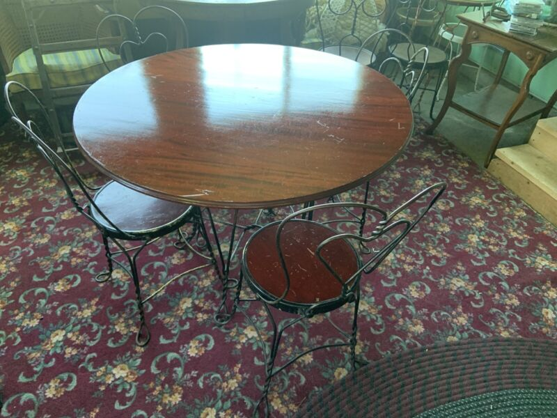 """Antique Ice Cream Parlor Set Table & 4 Chairs Mahogany Large 41"""" Top"""